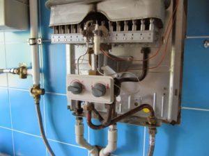 внутренности газовой колонки