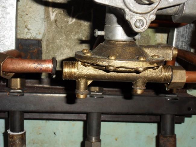 лягушка газовой колонки