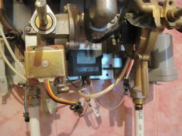 электророзжиг газовой колонки